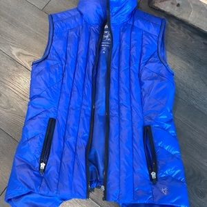 Betsey Johnson puffer vest blue xs reflective